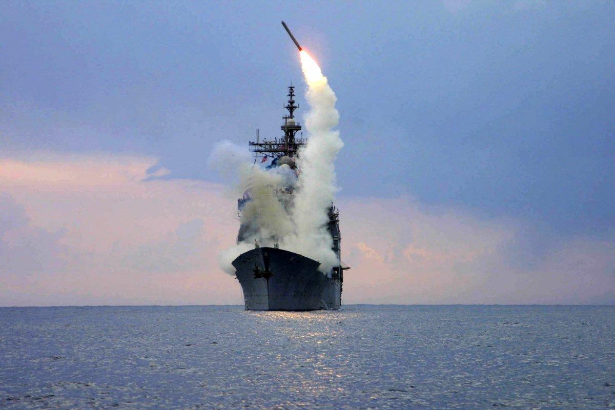 есмінець США, ракети Томагавк