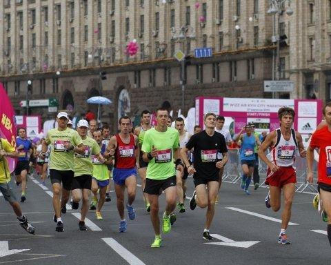 Как телеведущая эпически пыталась проехать в центр во время марафона в Киеве (видео)