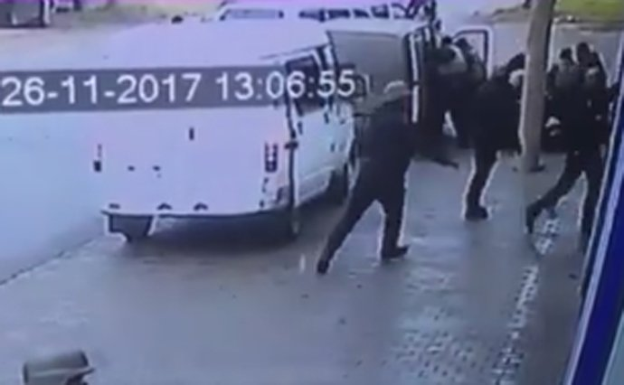 Появилось видео задержания экс-командира «Донбасса» и бойца ОУН