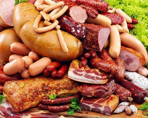 Чи варто таке їсти: як і з чого насправді роблять ковбасу (відео)