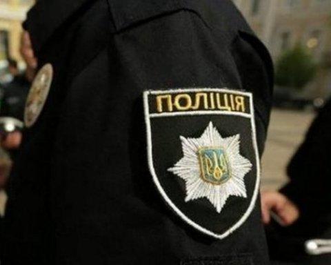 """Главі київського осередку """"Нацкорпусу"""" Філімонову вручили """"підозру"""""""