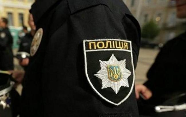 """Будівлю УНН """"замінували"""" у Києві: працівників масово евакуюють"""