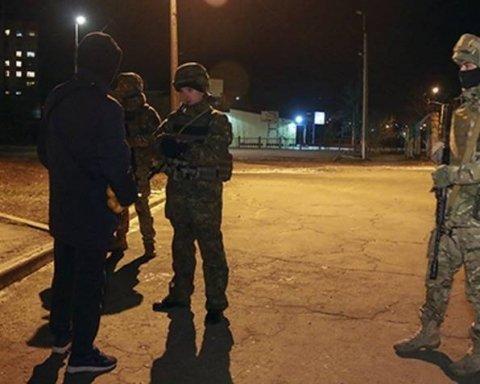 На улицы Киева вышли усиленные патрули полиции