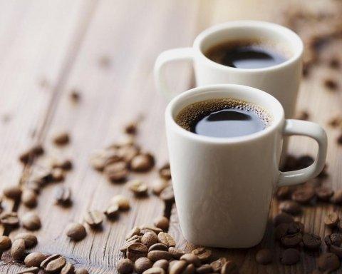 Медик объяснила, почему кофе не поможет проснуться