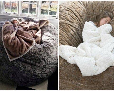 Подушка-гігант стала культовою в соцмережах (фото)