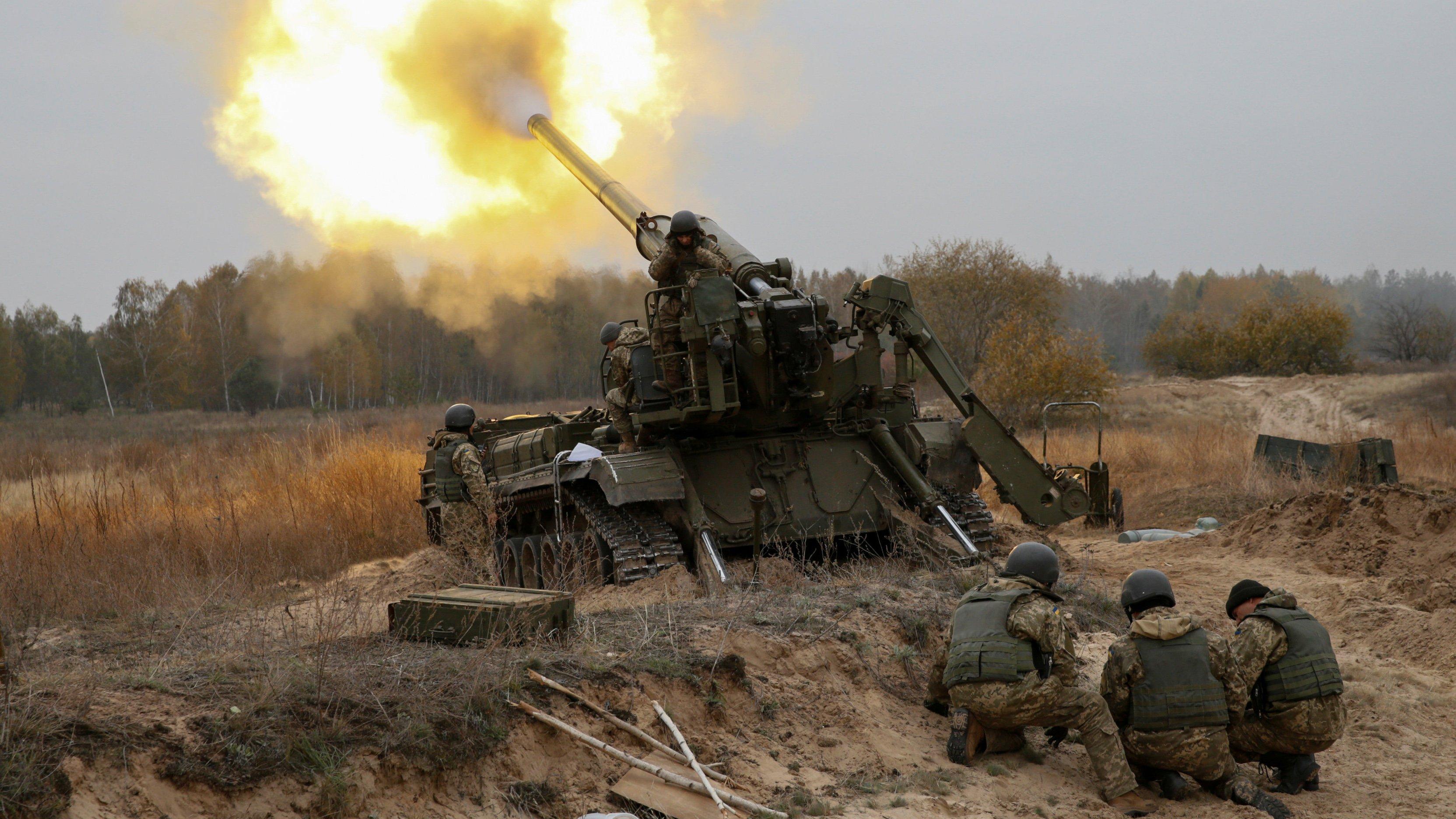 Доба в ООС: бойовики стріляли з  БМП і гранатометів, є поранений