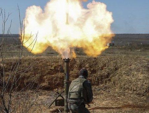 Сутки в ООС: боевики били из гранатометов, ранен  украинский воин