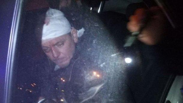 П'яний і з пістолетом: священик на Рівненщині протаранив чотири авто, є потерпілі