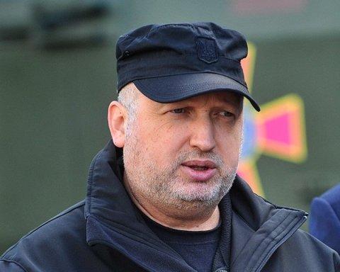 ЗСУ готові просунутися на Донбасі, – Турчинов
