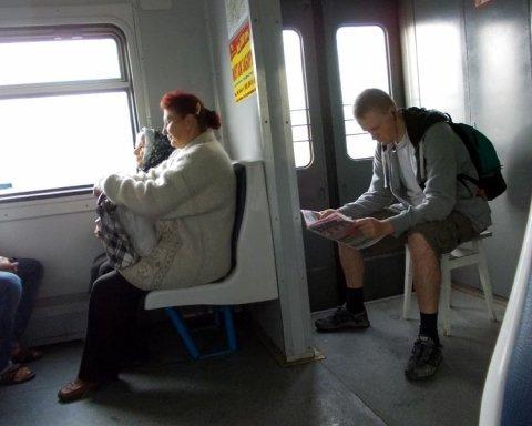 "Весь жах українських ""електричок"" показали у мережі"