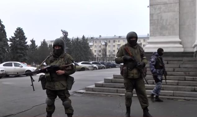 Ситуація вЛуганську сьогодні: бойовики посилено охороняють Плотницького