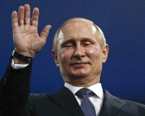 В Кремле меняют тактику: Тымчук объяснил звонок Путина боевикам