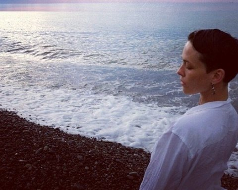 Даша Астаф'єва потішила фанатів пікантним знімком