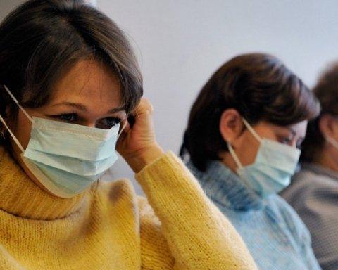 Врачи рассказали, как лечить грипп без антибиотиков и сиропов от кашля