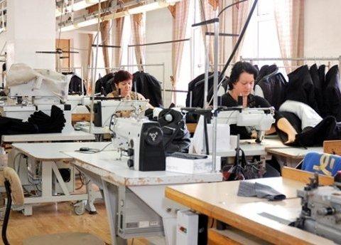 Украинские швеи на фабриках Adidas, Zara и Mexx получают мизерные зарплаты