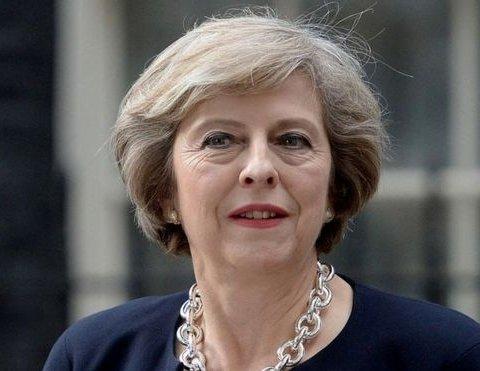 Трамп порадив Терезі Мей подати в суд на ЄС