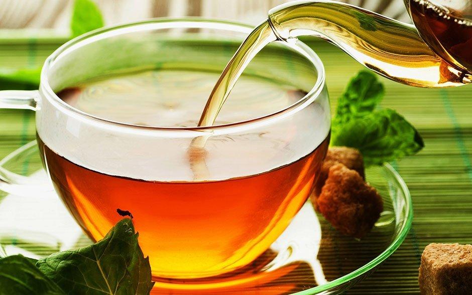 Чому звичайний чай шкідливий і небезпечний: медики пояснили