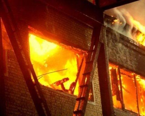 Моторошний вибух у багатоквартирному будинку сколихнув українців