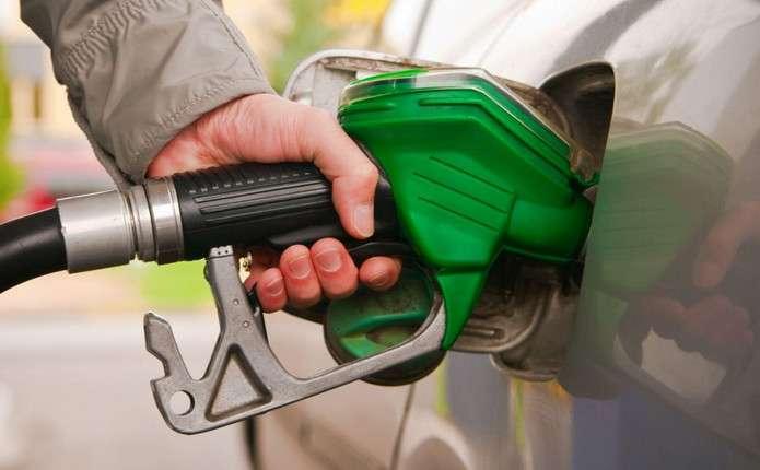 30 грн за літр вже до кінця року: невтішний прогноз цін на бензин