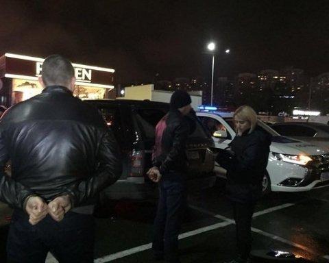 Задержанных в Киеве со взрывчаткой днем ранее выгнали из палаточного городка — нардеп