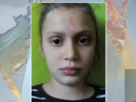 Українці шоковані вчинком вчительки, яка намалювала дитині трійку на лобі