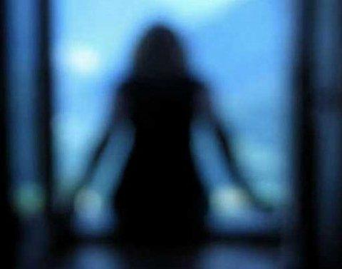 Жуткое самоубийство в Киеве: девушка прыгнула с пятого этажа из-за ссоры с мамой