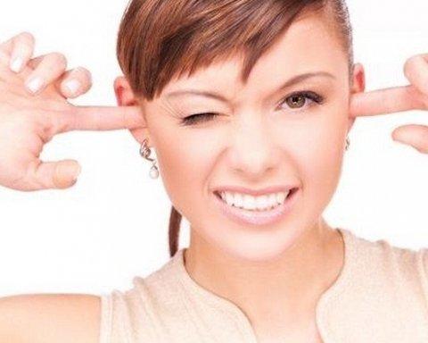 На какую опасность указывают «заложенные» уши