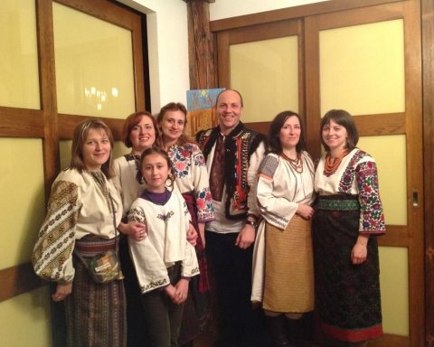 Парубій показав українцям дачу у Карпатах (відео)