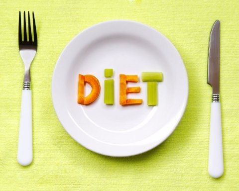 Дієтологи розповіли про овочі, які заважають худнути під час дієти