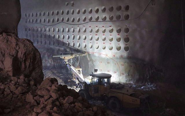 Как будет выглядеть подземное кладбище с лифтами в Израиле (фото)