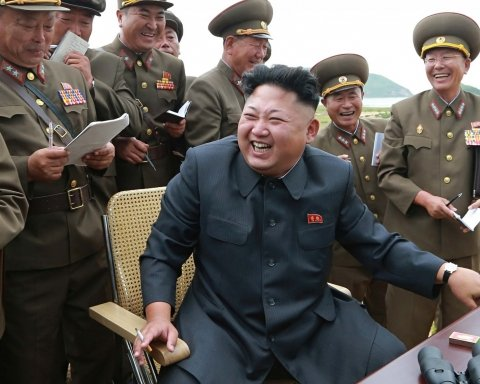 Ин тримає слово і розбирає головний ракетний полігон КНДР: знімок