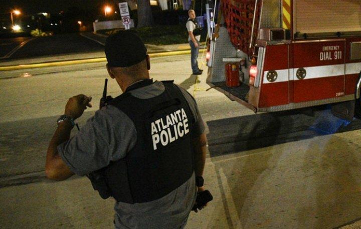 Невідомий відкрив стрілянину на концерті в США, є жертви