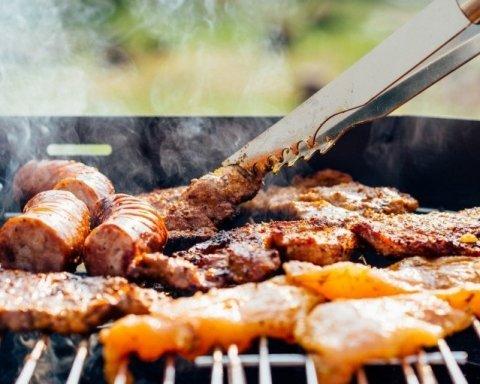 """Чому смажене м'ясо """"вбиває"""" здоров'я"""