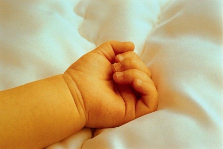 Дитину, яка впала укаструлю зокропом, батьки залікували досмерті