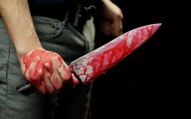 Жуткое убийство: грабитель зарезал жертву ножом