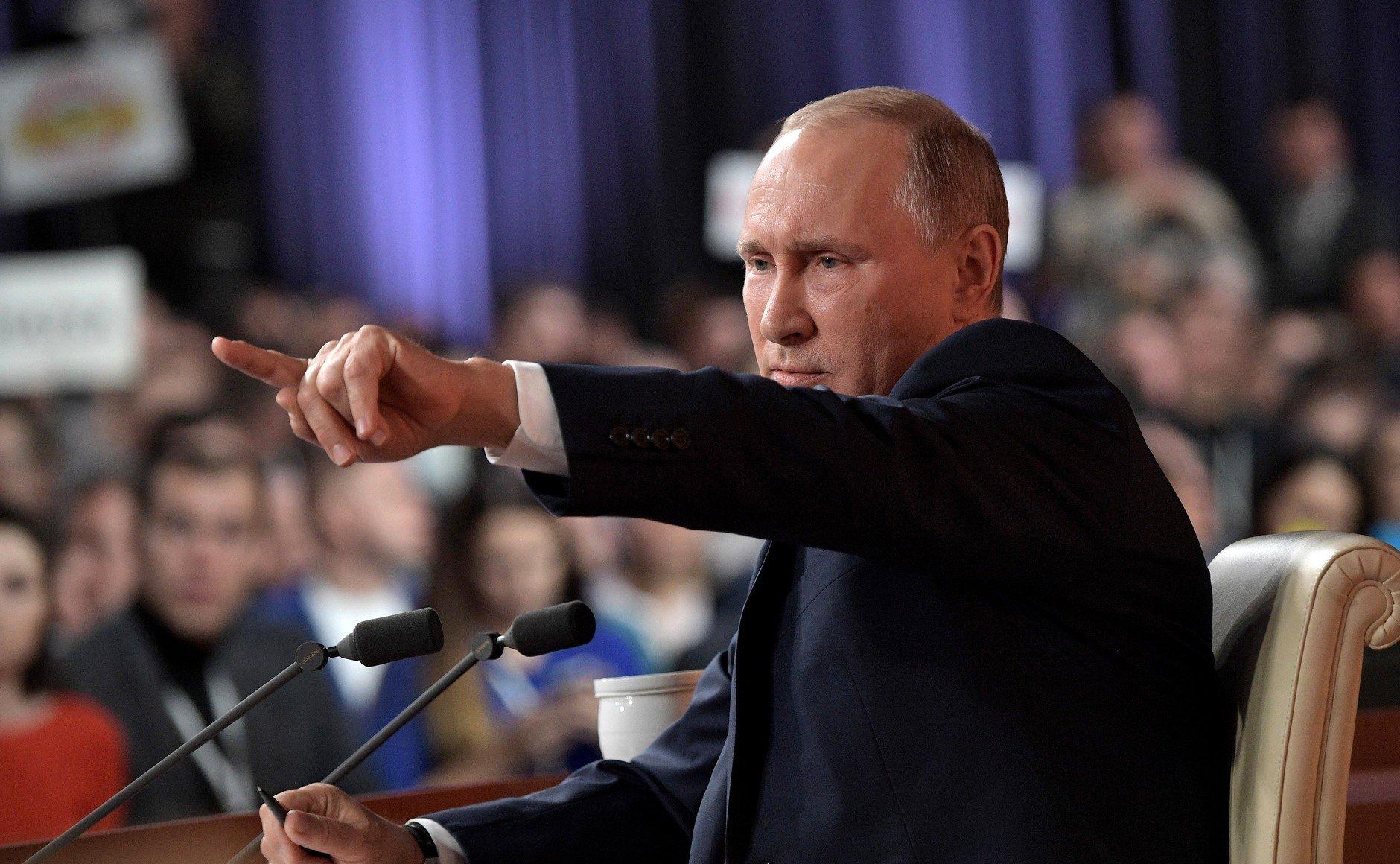 Путин опасается удара Украины, у цирка с «ДНР-ЛНР» одна цель — российский политолог Орешкин