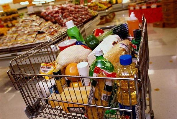 Продукти в Україні знову дорожчають: названо причину