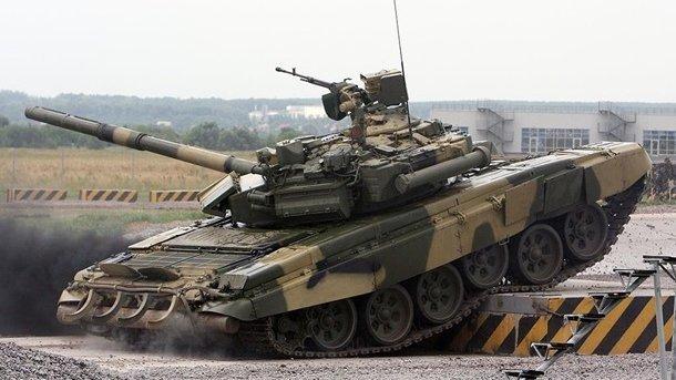 Масштабное ДТП с танками поразило украинцев