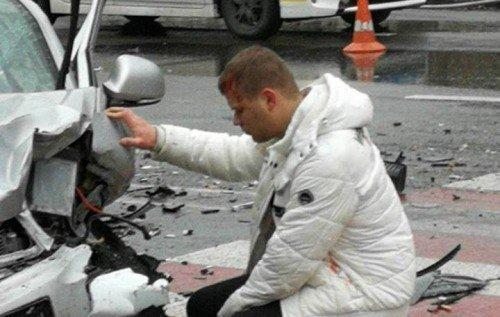 НаПечерську вКиєві п'яний водій Skoda влаштував серйозну ДТП зпостраждалими