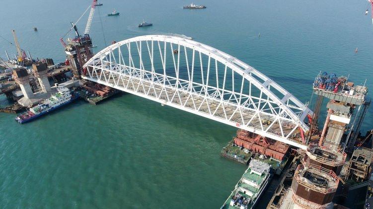 Знову щось не так: запуск Керченського мосту вчергове відклали