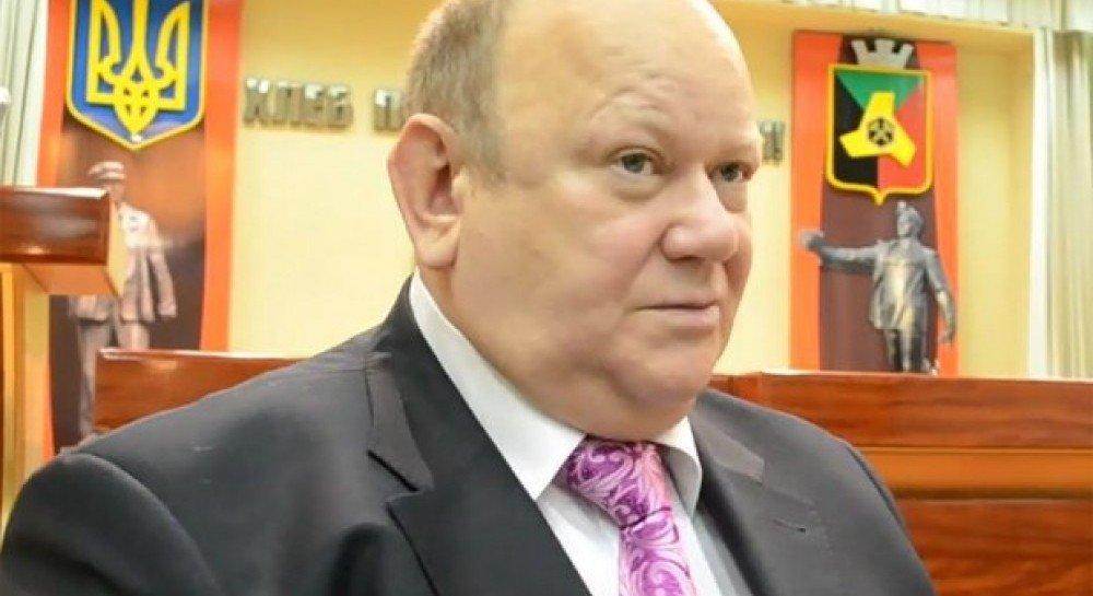 При обмене экс-мэр спрятался вавтобусе, чтобы невозвращаться вОРДО