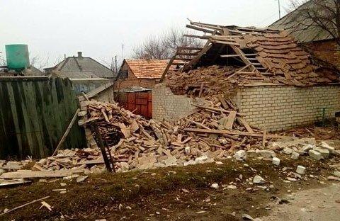 Сусідку вранці розірвало міною : як живуть у прифронтовому селі