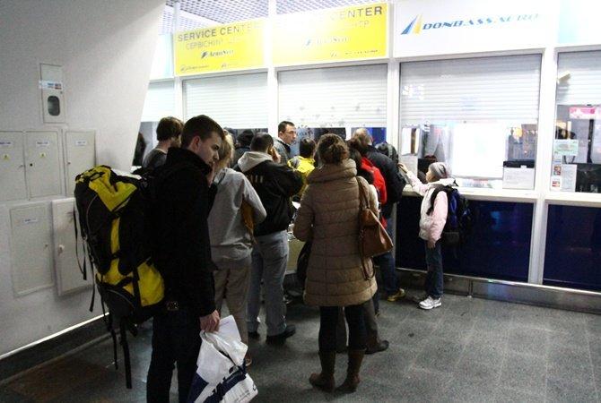 Україна може ввести електронні візи для іноземців напочатку 2018 року