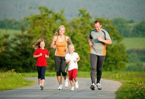 Заради життя: Супрун розповіла про користь бігу