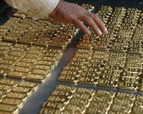 Золото, платину и серебро стало проще вывезти из страны
