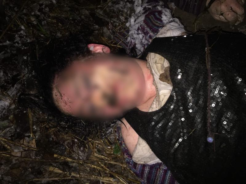 Моторошна знахідка: труп молодої дівчини знайшли у лісі під Києвом