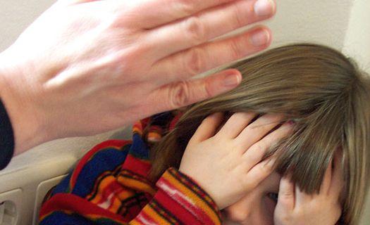»Побил, а затем изнасиловал»: 3-летний ребенок умер после издевательств отчима