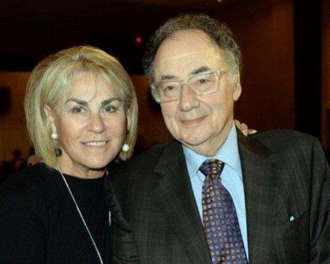 Известного миллиардера вместе с женой нашли мертвыми в подвале