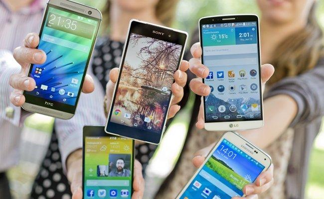 »Смартфоны-убийцы»: медики объяснили, почему рядом с ними спать нельзя