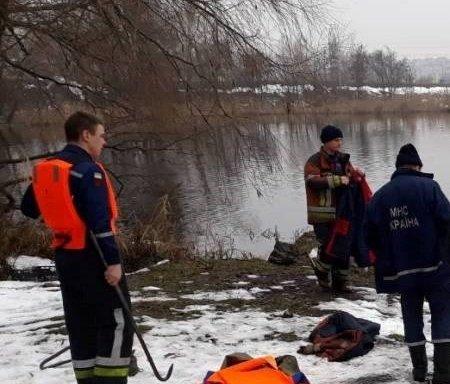 В озере нашли тело женщины: киевляне потрясены